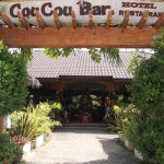 Coucou Bar Hotel and Restaurant